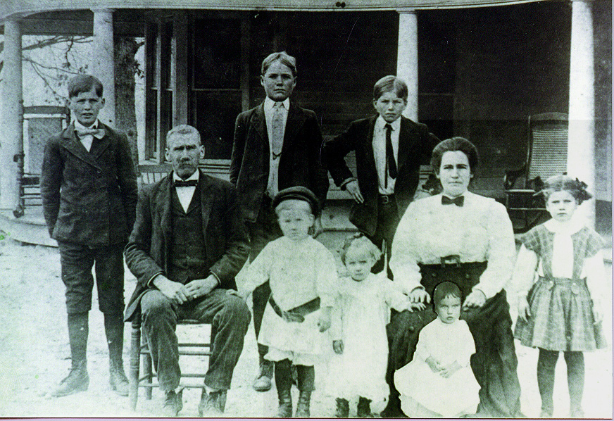 Robert M. Stanley Family about 1910; Actual size=240 pixels wide